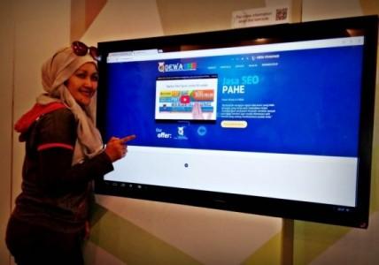 Nchie Hanie | Dewa SEO | Emak2 Blogger | Blogger BDG | RTIK Kota Bandung