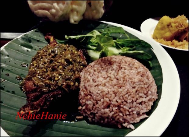 BEBEK CABE IJO | Bebek KAleyo | Kuliner Bandung| Tempat MAkan Enak  | Tempat MAkan Murah di BAndung  | Nchiehanie