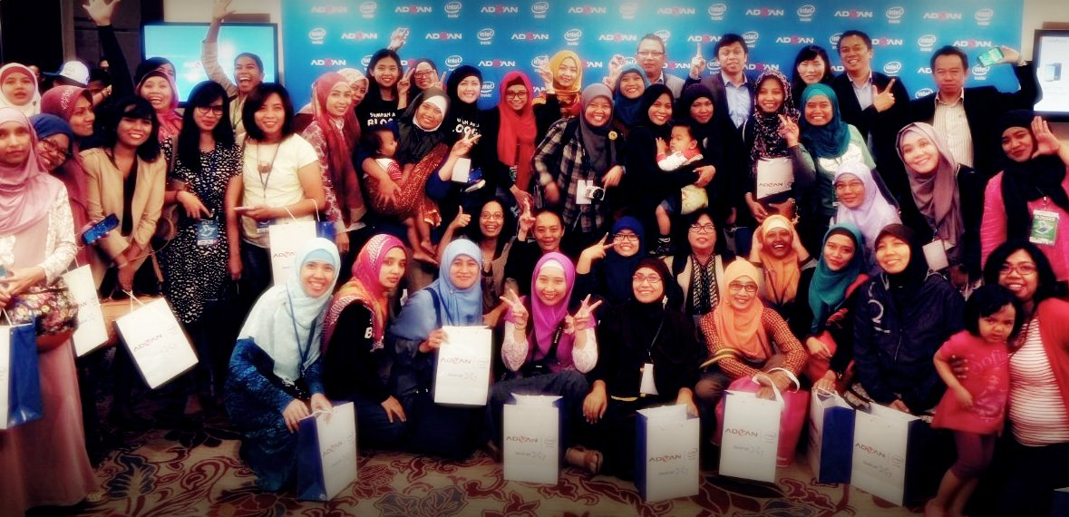 Blogger Gathering Advan | Emak2 Blogger| AdvanX7 Utk Indonesia | Blogger BDG |