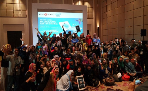 Advan Intel | Advan  Vandroid X7 | Advan X7 Utk Indonesia | Blogger Gathering | Emak2 Blogger | Blogger BDG | Tablet  berotak komputer