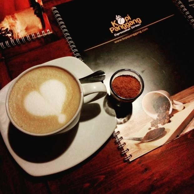 kopi panggang | hot cappucino | nchie hanie
