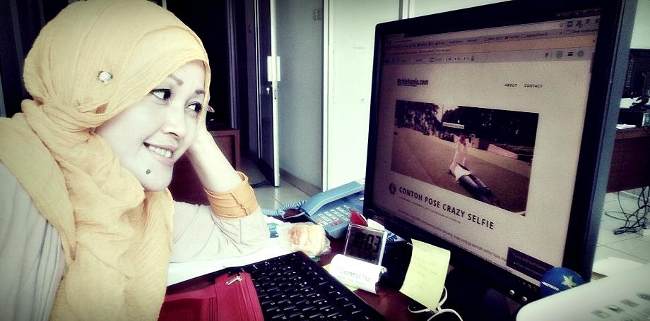 Nchie Hanie | Blogger Bandung | dewaseo | Relawan TIK | Emak2 Blogger | Blogger Perempuan