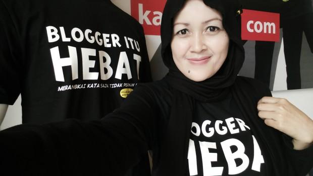 Blogger Hebat | nchiehanie | kaos gurita