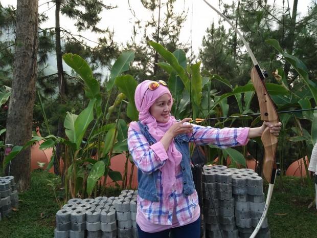 The Lodge Maribaya Lembang | Dapur Hawu |tempat Camping di Lembang | memanah | nchie hanie