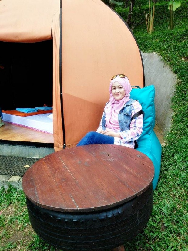 The Lodge Maribaya, Tempat Camping, Dapur Hawu, The Pines Cafe, Sky Tree, Hutan Pinus