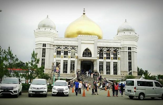 Mesjid Agung Trans studio Bandung | nchie hanie