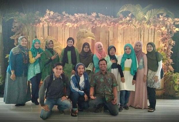 Bursa sajadah | bursa sajadah online | oleh-oleh haji | SKV Group Berbagi | Blogger BDG | Hera CEO Bursa Sajadah