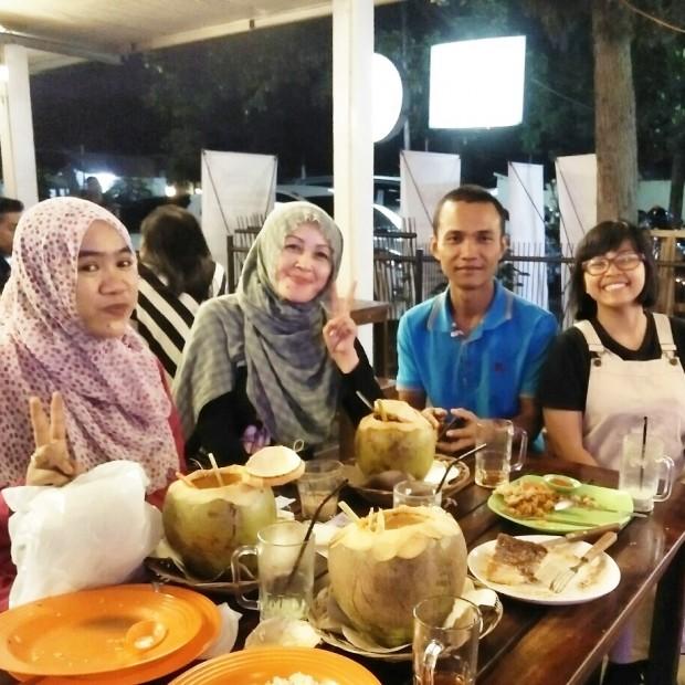 tomyam kelapa | tomyam kelapa bandung | wisata kuliner bandung | blogger bdg | nchiehanie