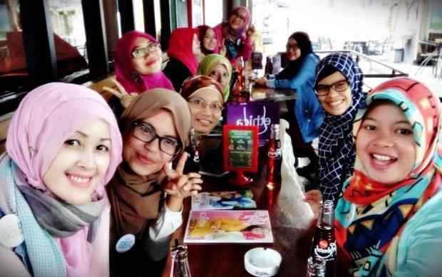 Ethica | Trend Fashion | Trend fashion muslim 2017 | hijab | busana muslim terbaru | toko online busana muslim | nchie hanie | ohya