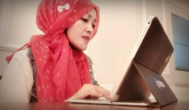 emak2 blogger l blogger bdg | usia cantik | loreal paris | loreal revitalift