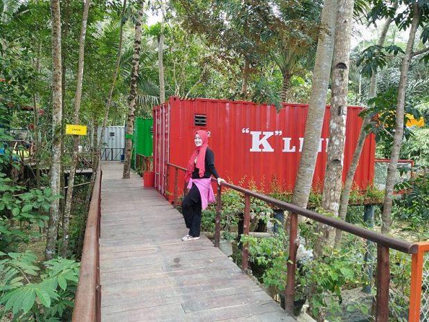 Hau citumang | penginapan unik kontainer | wisata pangandaran | Blogger bandung | Ecolodges tourism