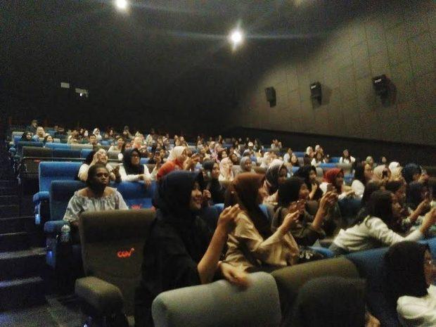 Film Posesif | CGV Metro Indah Mall | Gala Premiere Film Posesif | Adipati Dolken | Putri Milano | Blogger BDG