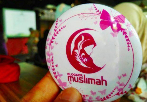 Blogger Muslimah | Meet up Blogger Muslimah Bandung | Warung Twogether | Novia Syahidah Rais | Seply. Id | JD.ID Partner | Nchie Hanie