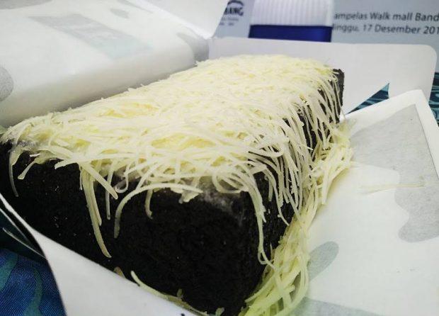 Bolu Susu Lembang | Cita Rasa Bandung | Kuliner dan Oleh-Oleh Bandung | Blogger BDG