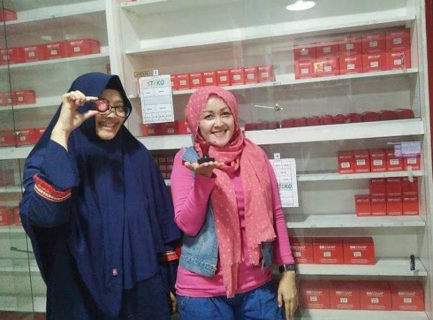 Big Stamp | Jl Karapitan no 115B | Percetakan Murah di Bandung | Kartu NAma |Stempel | Nchie Hanie