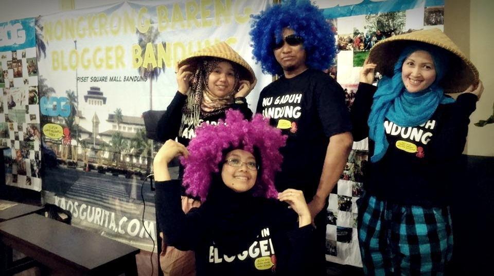 blogger bandung | kaos gurita | bukber basreng |nchie hanie