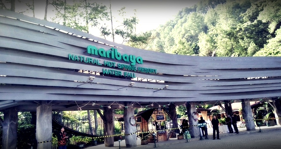 Gerbang Eyang Raksa Dinata | Maribaya Natural Hot Spring Resort