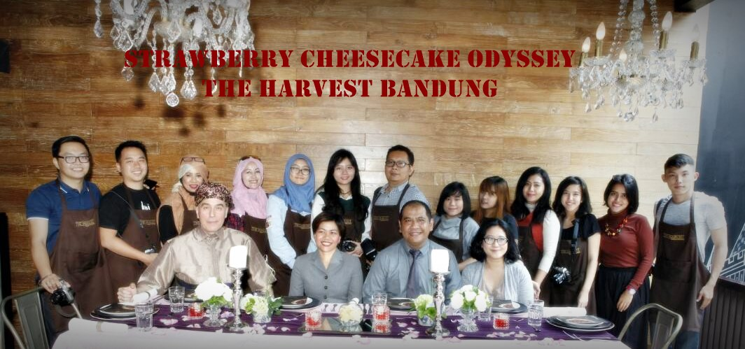 the Harvest bandung | strawberry cheesecake odyssey | nchie hanie | tour kitchen to kitchen | blogger bandung
