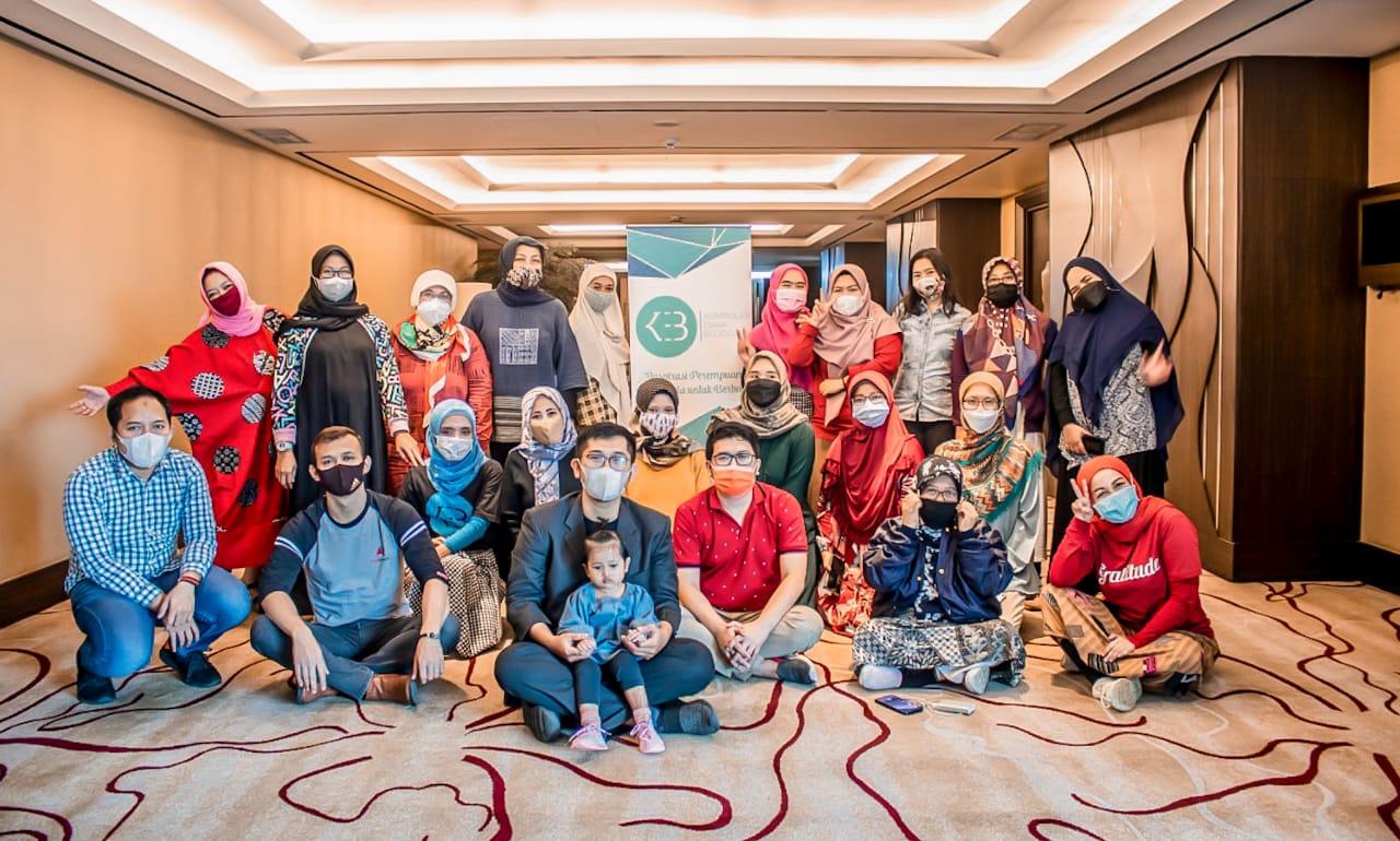 Arisan Ilmu, Tips Microblogging di Instagram | Syammas P Syarbini | nchie hanie | Crowne Plaza Hotel Bandung | KEB | Emak2 Blogger
