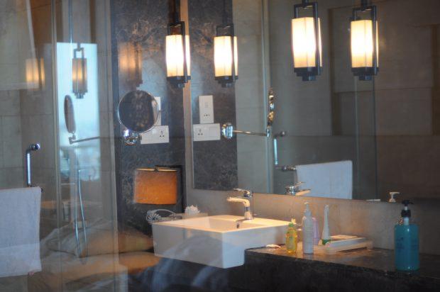 Hotel di Bandung, Hotel Mewah di Bandung, Hotel bersih, Hotel Aman Dan Nyaman, Crowne Plaza Bandung, Hotel Bintang 5 di Bandung, Promo Hotel Bandung, nchie hanie, blogger bandung